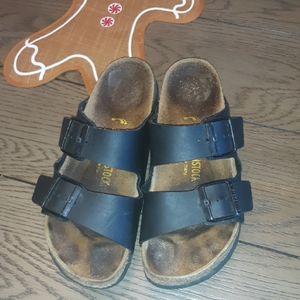 Black Arizona Birkenstock Sandals! Size 38 (7.5-8)